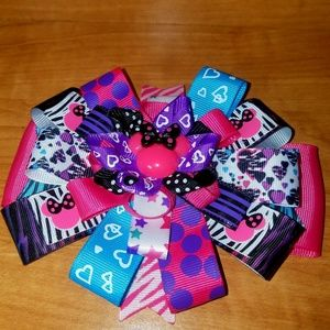 """Other - Super cute """"electric"""" Minnie hairbow"""